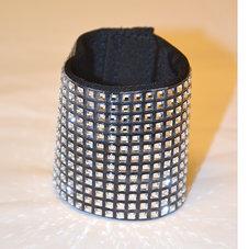 HAIRCUFF - SQUARES svart/crystal 6 cm