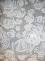 MESH - rosor /grå