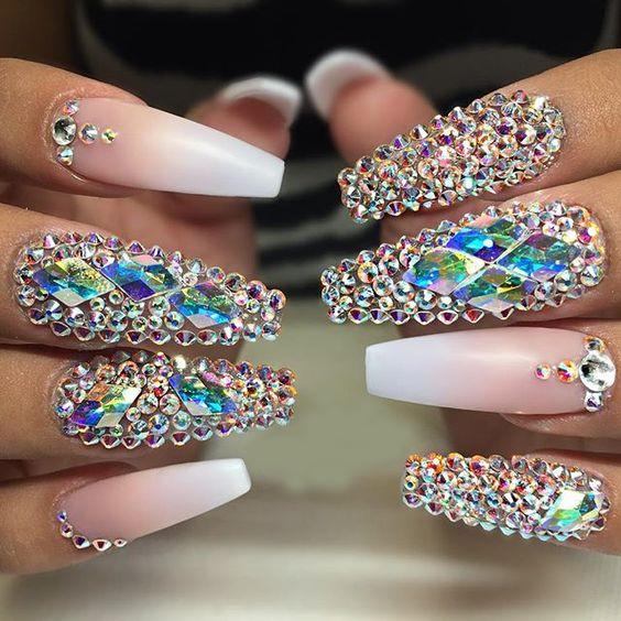 swarovski kristaller naglar
